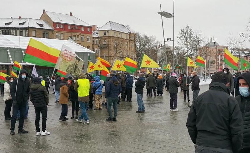 Kurden-Demo mit Ausländern trotz angeblicher Pandemie stets möglich